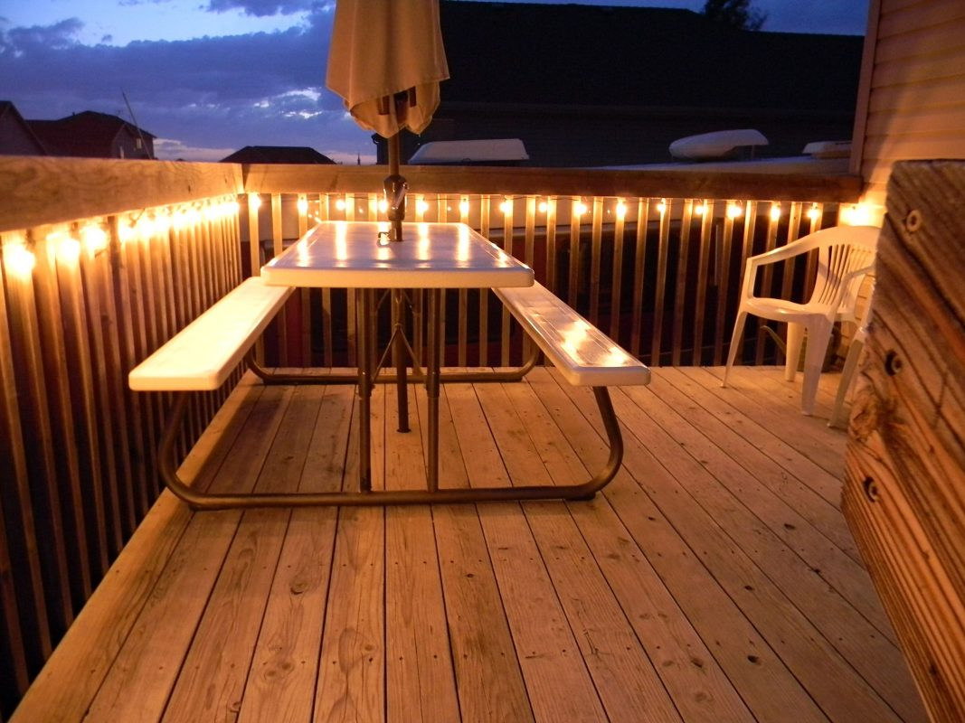 deck handrail ideas