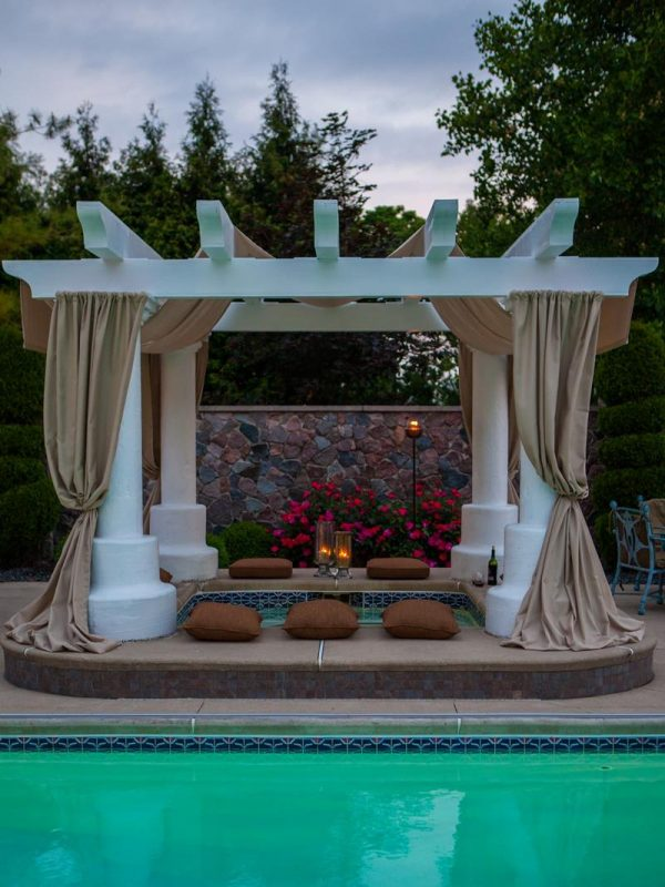 Luxurious Hot Tub Gazebo Ideas