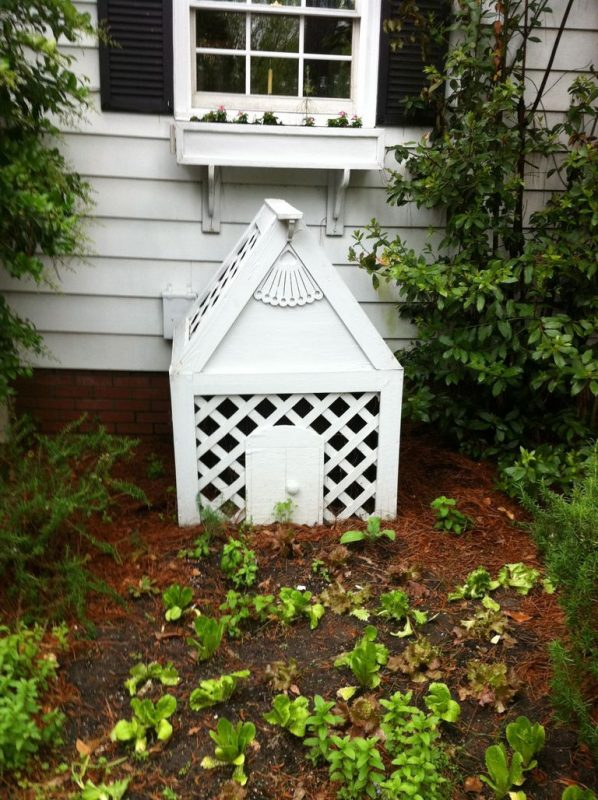 Small House AC unit Cover