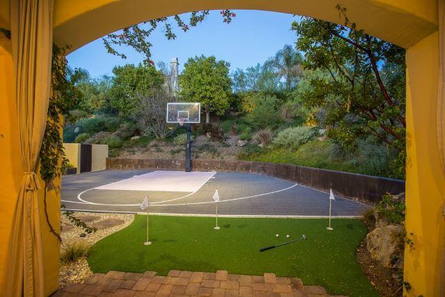 Multi-Sport Backyard Court