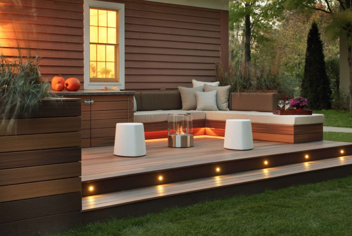 modern backyard deck fence