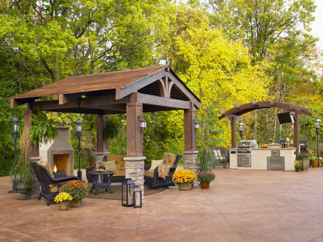 Backyard Pavilion Ideas for Outdoor Eating