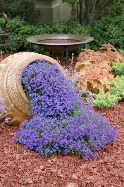 fall landscape decorating ideas