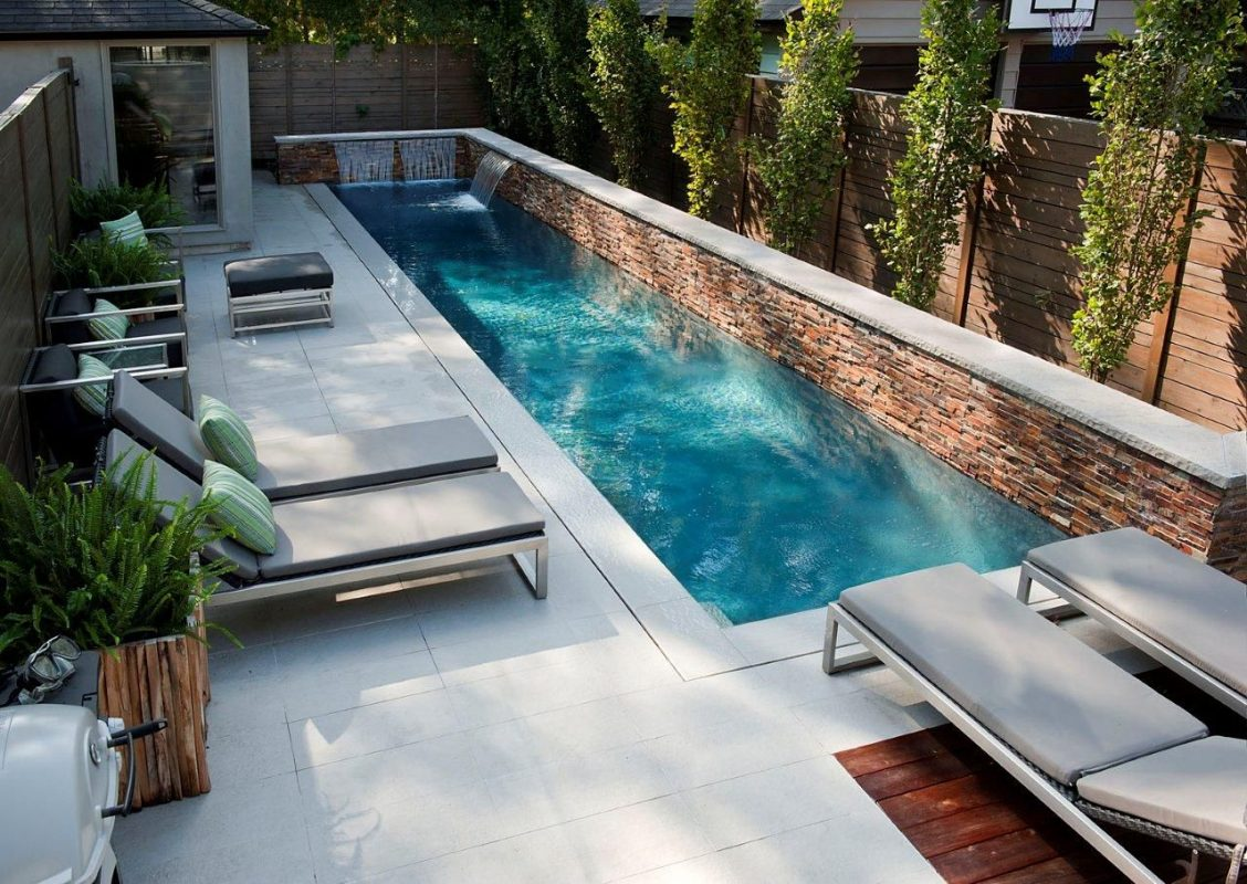 modern backyard water feature