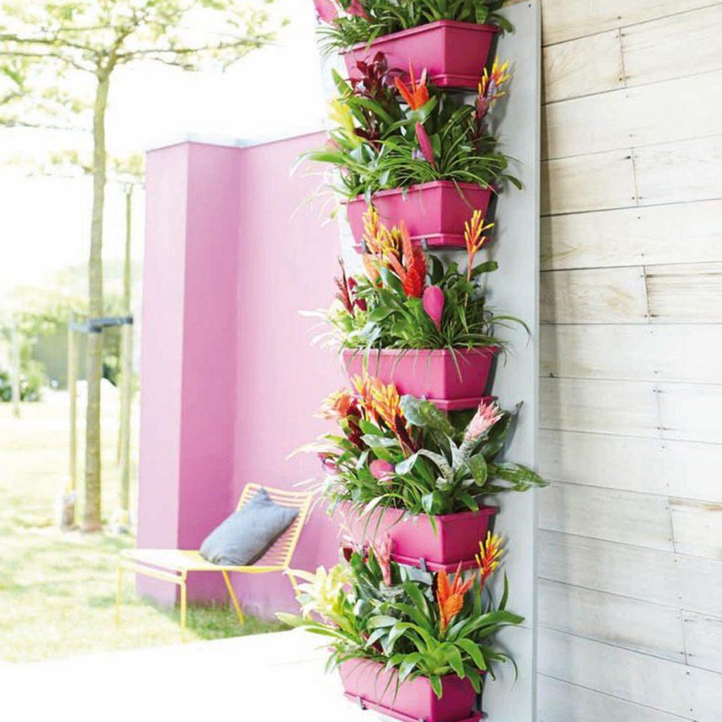 deck garden small pink