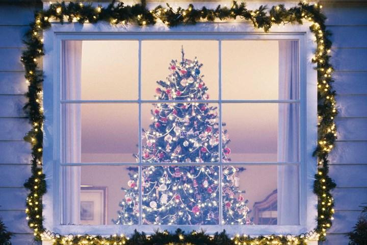 Wonderful Window with Rope Lights