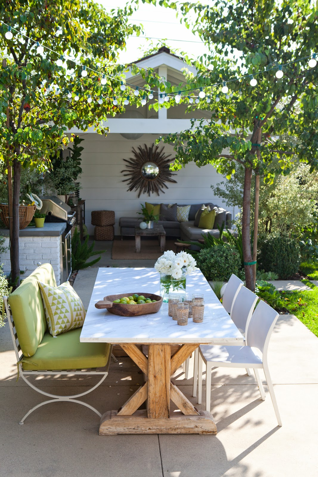 Set Your Dining Area Outdoor