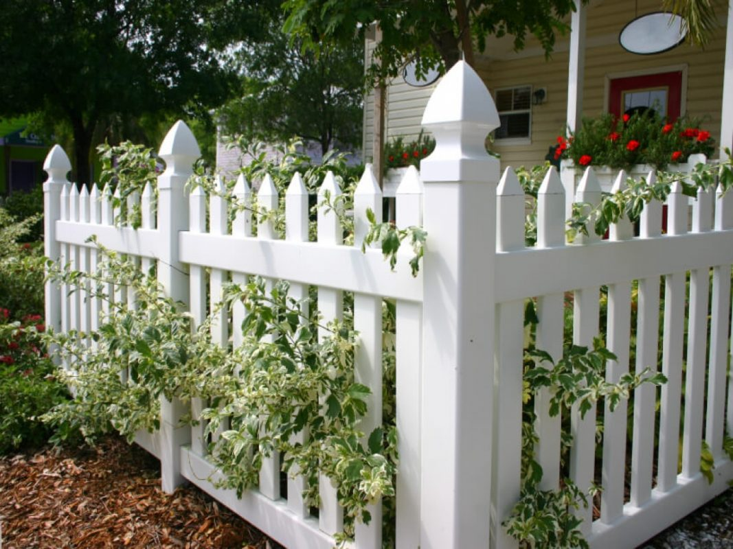 Vinyl White Picket Fence